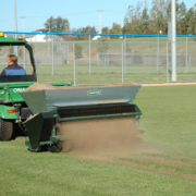 Turfco-Mete-R-Matic-IV-oncourse3