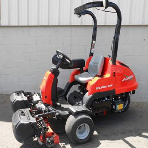 Jacobsen-Eclipse-322-outdoor