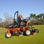 Jacobsen-GP400-oncourse