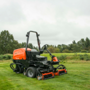 Jacobsen-TR-320-oncourse1