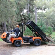 Jacobsen-Truckster-XD-onduty