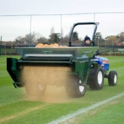 Turfco-Mete-R-Matic-XL-working_OUT