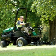 Ransomes-HR300-oncourse