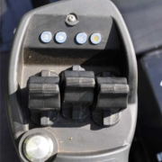 Ransomes-MP493-Armrest-controls1