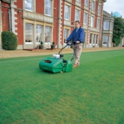 Ransomes-Marquis-61-Working-front-OUT
