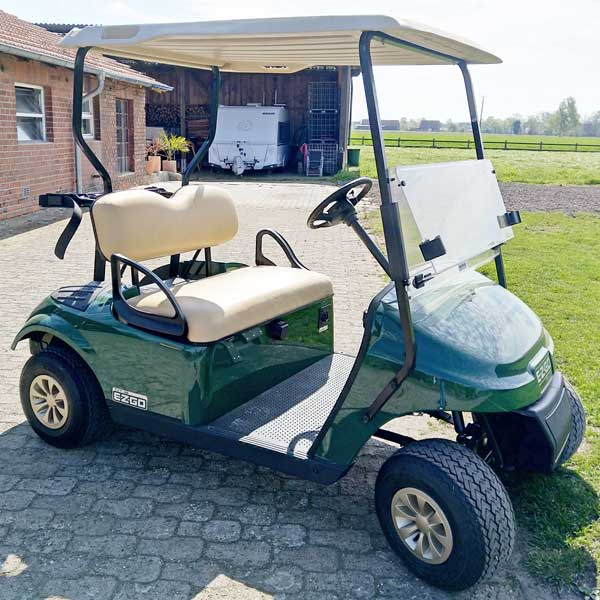 Gebrauchte-Golfcarts-EZGO-TXT-elektro-grün-2-Sitzer-2018-rechts-600x600