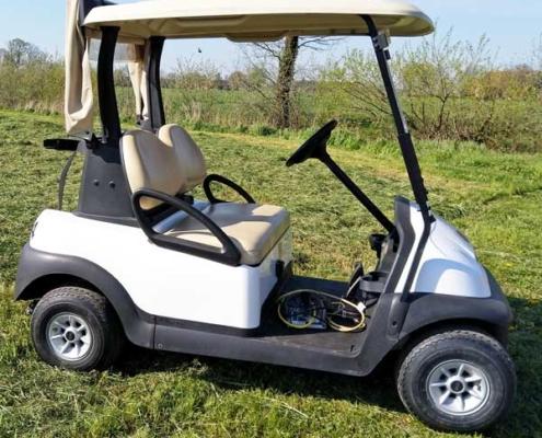 Gebrauchte-Golfcarts-CC-weiss-seitenansicht