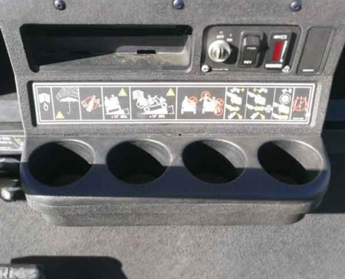 Gebrauchte-Golfcarts-EZGO_6sitzer_detail_innen