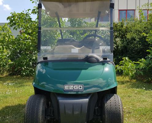 Gebrauchte-Golfcarts-EZGO-RXV-grün-FlipFlop-Frontansicht-600x600