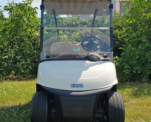 Gebrauchte-Golfcarts-EZGO-RXV-weiss-Frontansicht-600x600