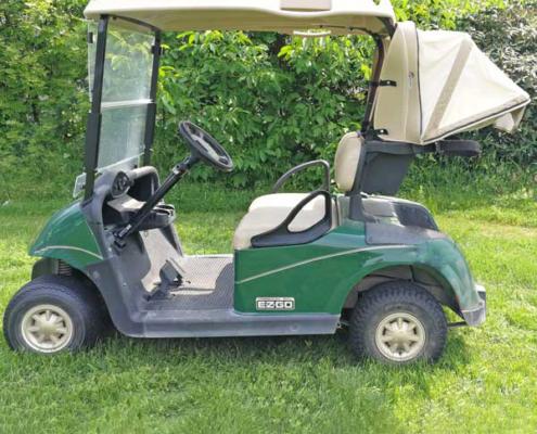 Gebrauchte-Golfcarts-RXV-Elektro-grün-Cabana-Seitenansicht-600x600