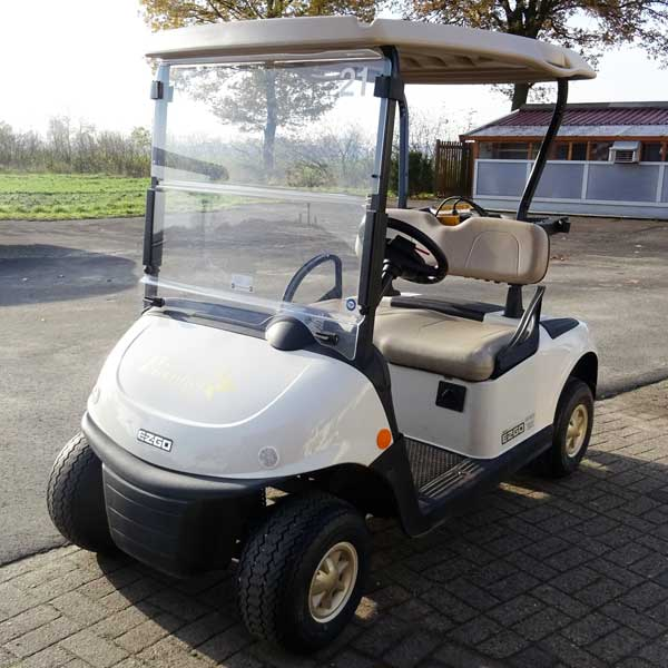 Gebrauchte-Golfcarts-EZGO-TXT-weiss-left-600x600a